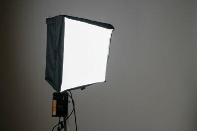 Location projecteur LED Aladdin Biflex